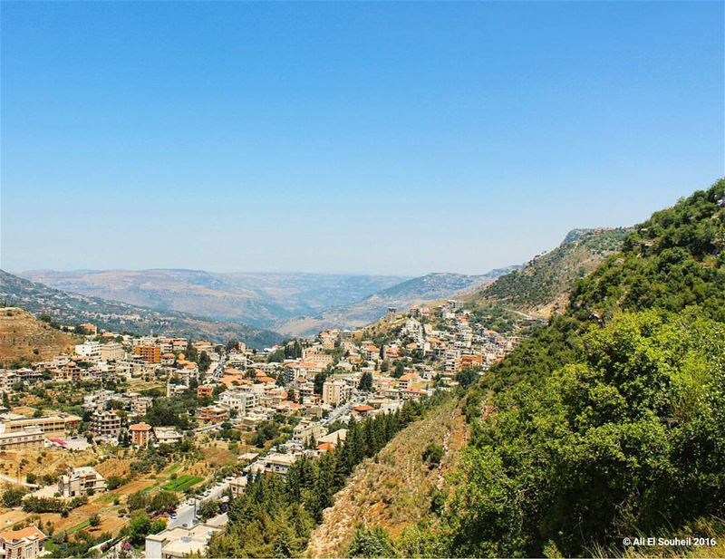 tb jezzine lebanese village nature ... (Jezzîne, Al Janub, Lebanon)