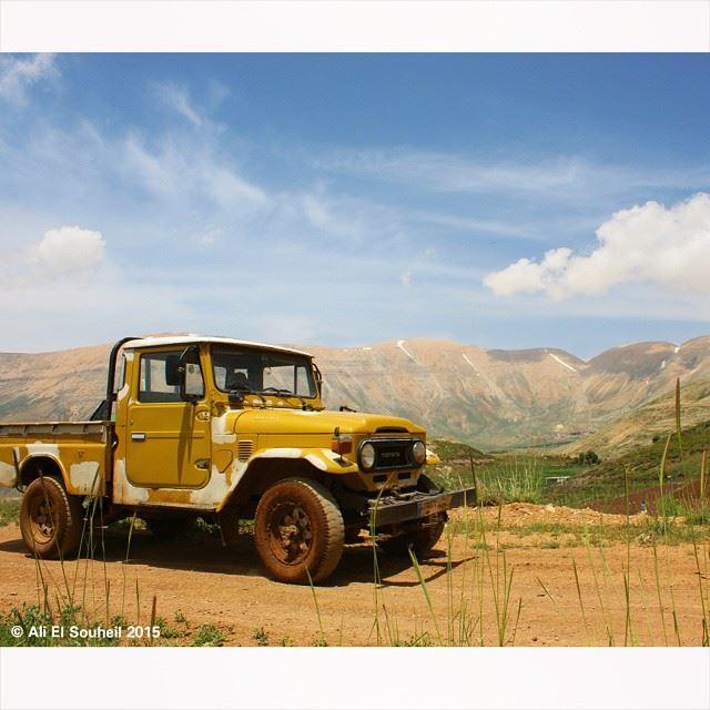 alarez mountains offroad jeep sky skyporn lebanon colorful ... (Al Arez)