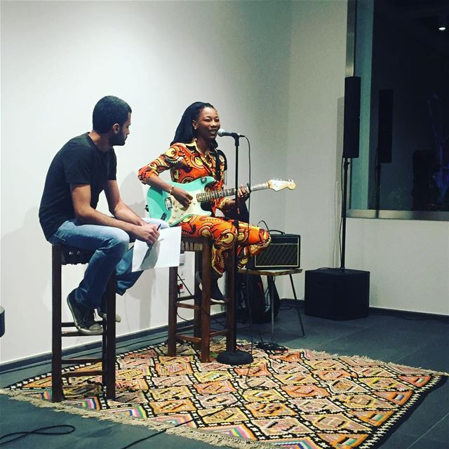 "Fatou in conversation with Bashir Sfeir @darelnimer ""Au Mali quand quelqu'u (Dar El-Nimer for Arts & Culture)"