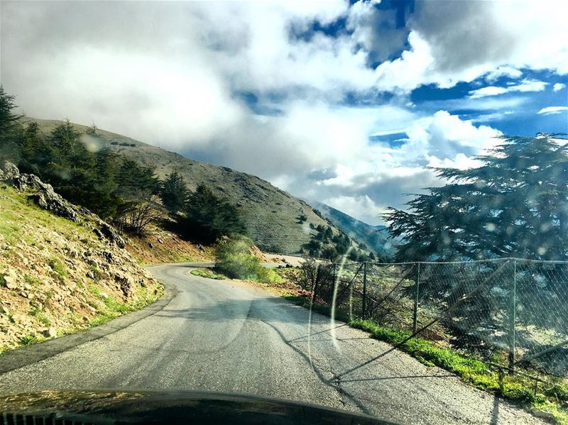 when drive and shoot may afternoon mountain driving shooting... (Jabal el Bâroûk)