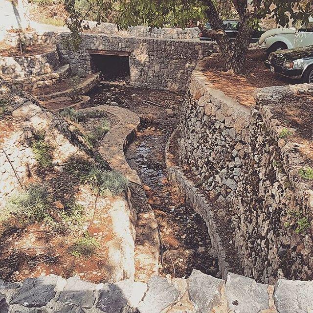 afternoon november shadow streamwater stones village العين nuttree ...