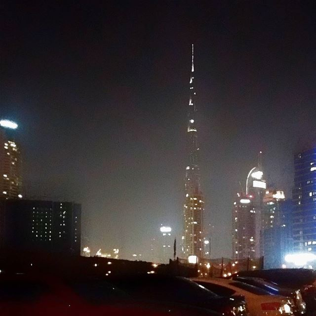 Watch Live burjkhalifa newyear fireworks After 1h 10 mins on ...