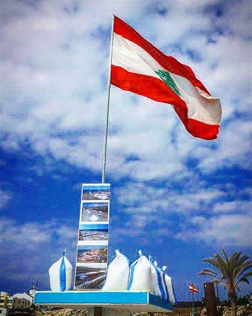 """ملح لبنان من عاصمة الملح أنفه.""""الذهب الابيض""""..."""