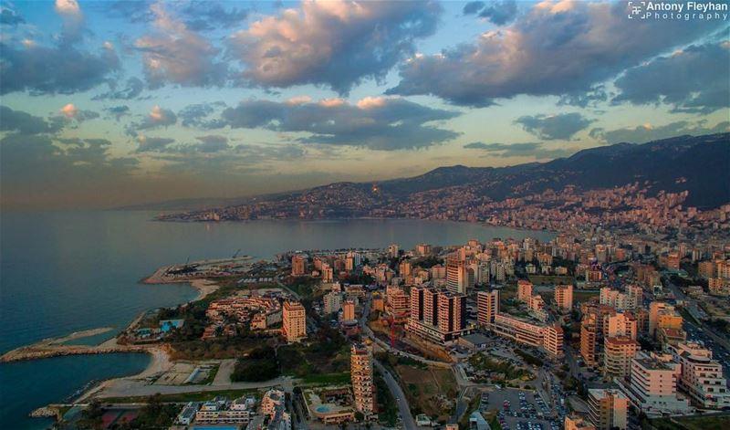 Hello Lebanon 🏙 droneoftheday drone dronegear dronestagram ... (Joünié)
