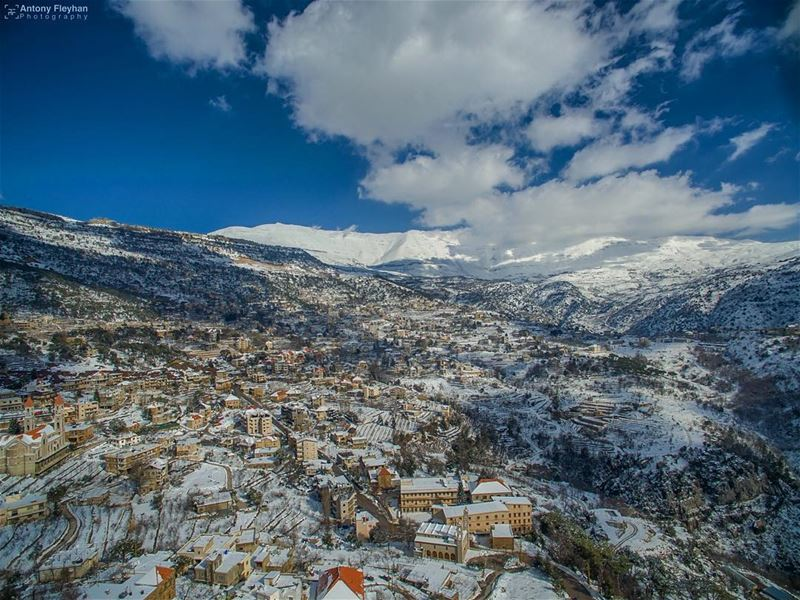Good Morning  droneoftheday to  drone  phantom3  dji  nature  snow ❄️... (Baskinta, Lebanon)