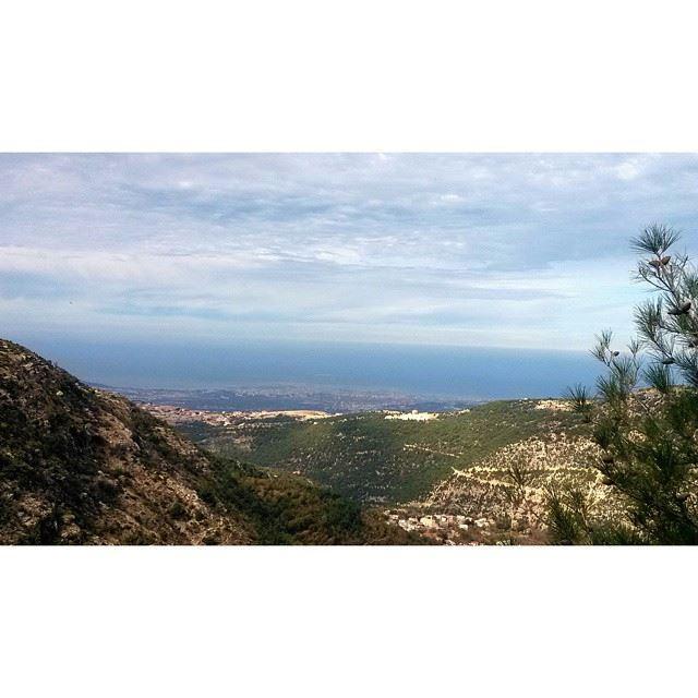 livelovebeirut livelovelebanon amazinglebanon beautifullebanon ... (Aïtou, Liban-Nord, Lebanon)