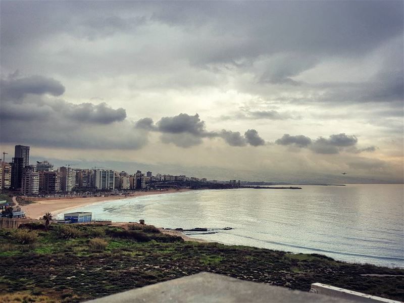 Running with a view🌧 breathelife freedom ................. (Beirut, Lebanon)