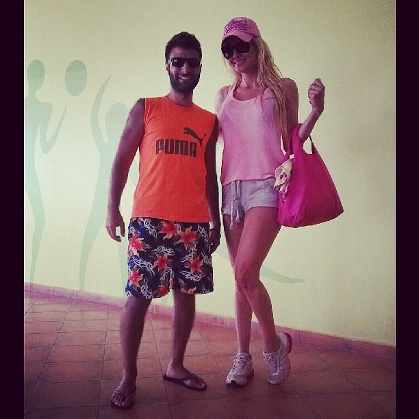 Yes it's her ;) exclusive picture with Myriam Klink!! pool ...