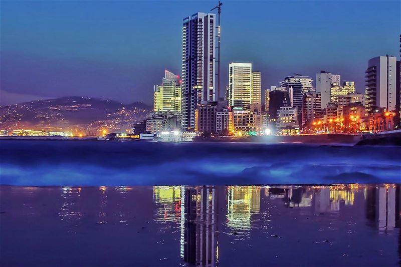 """Good Night """"BEIRUT""""🌙By @f.rostom ZaytounaBay ZeitounaBay Beirut ... (Beirut, Lebanon)"""