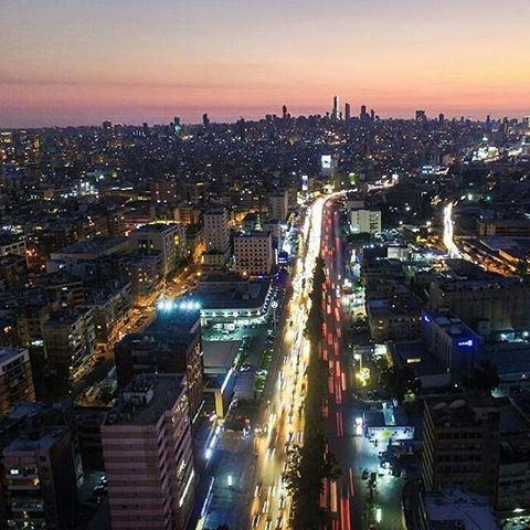 Good Night Beirut🇱🇧By @khaloudyaghi Beirut Liban Libano Lebanon... (Beirut, Lebanon)