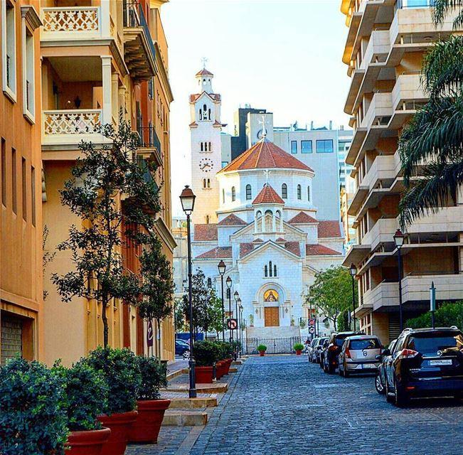 Goodmorning❤💕🙋By @el_dayeh SaifiVillage Beirut Liban Libano ... (Saifi village)