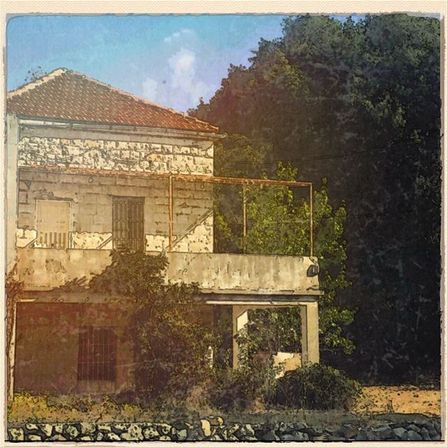 Closed till next summer house oldhouse stone tree countrylife ... (Ajaltoun, Mont-Liban, Lebanon)
