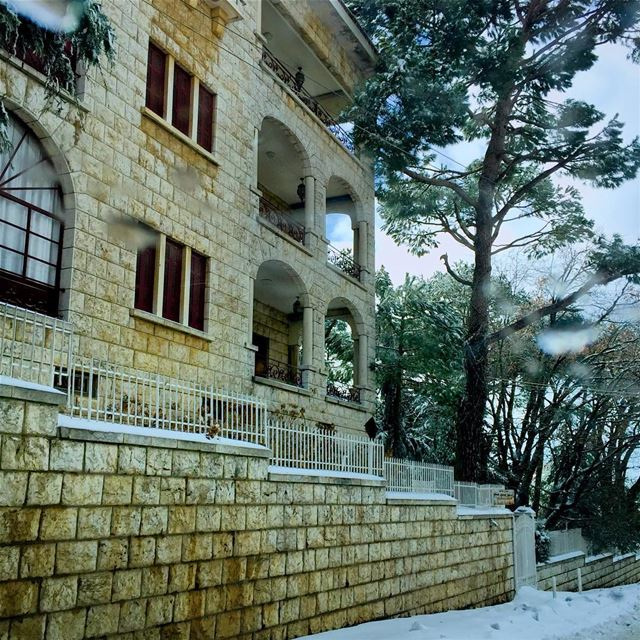 Mountain residence  house  building  village  architecture  mountain ...