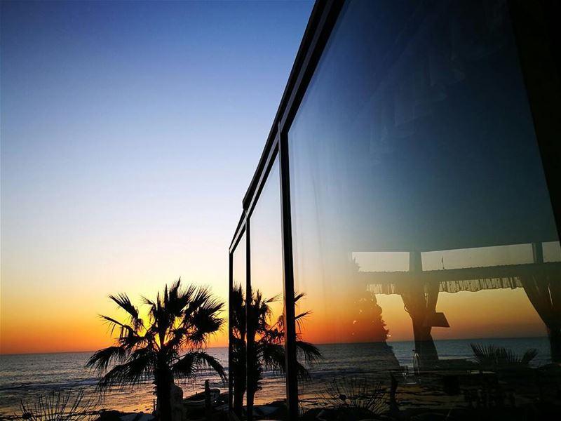 50 Shades of sunset livelovelebanon livelovebeirut visitlebanon byblos... (Tournesol Cafe&Bar)