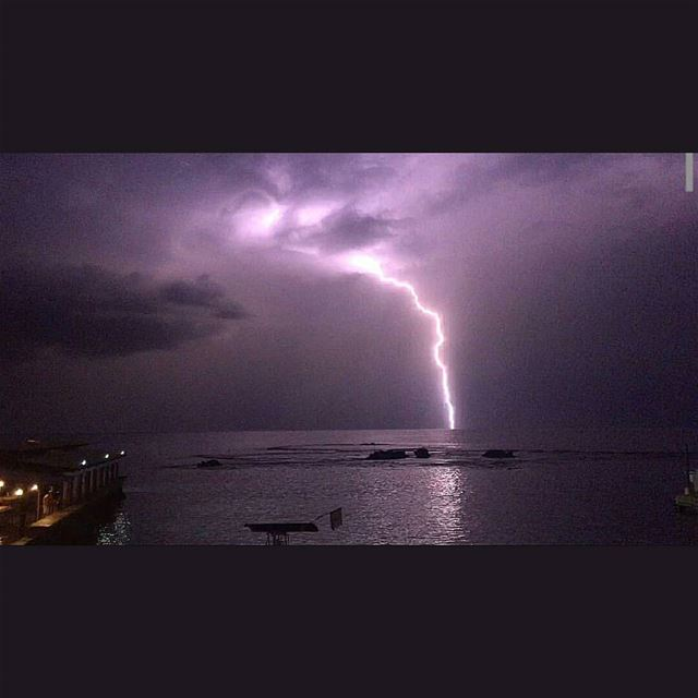 About last night by @youhannazn winterisback thunder thunderstorm...