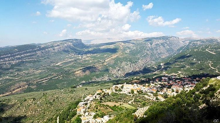 lebanon douma village view mountains sky livelovelebanon ...