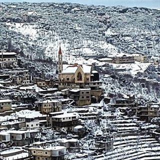 winter snow season khenchara lebanon livelovelebanon picoftheday ...