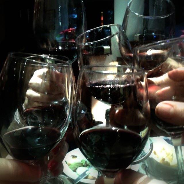 drinks red wine glasses cheers photography livelovelebanon photos...