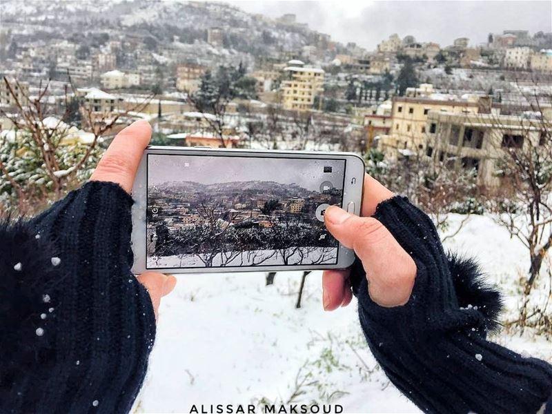 """""""في اللحظة التي تتقبل كل المعاناةالتي تمر بها سيفتح لك الباب."""" جلال_الدين (Bakhoun, Liban-Nord, Lebanon)"""