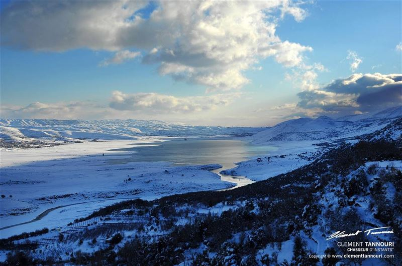 Hapiness is ...first tracks on fresh snow !❄️🌤 livelovelebanon ... (Lake Qaraoun)