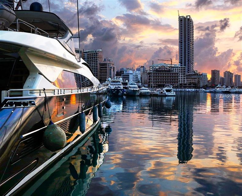 Sunset silence and beauty reflection @LiveLoveBeirut (Zeitouna Bay, Beirut , Lebanon)