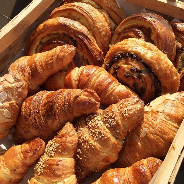 Croissants 😋😋😋 chef clementtannouri marctannouri chasseursdesaveurs...