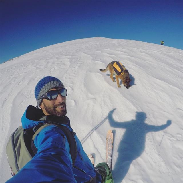 My shadow knows how to pose!🤘... lebanon skitouring instagood ...