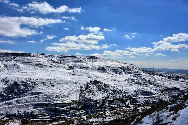 Amazing & sunny weather & only 2°C freezing amazing weather sunny ... (Dahr El Baïdar, Mont-Liban, Lebanon)