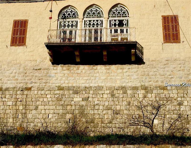heritage old nostalgia architecture architecturaldetails deirelqamar...
