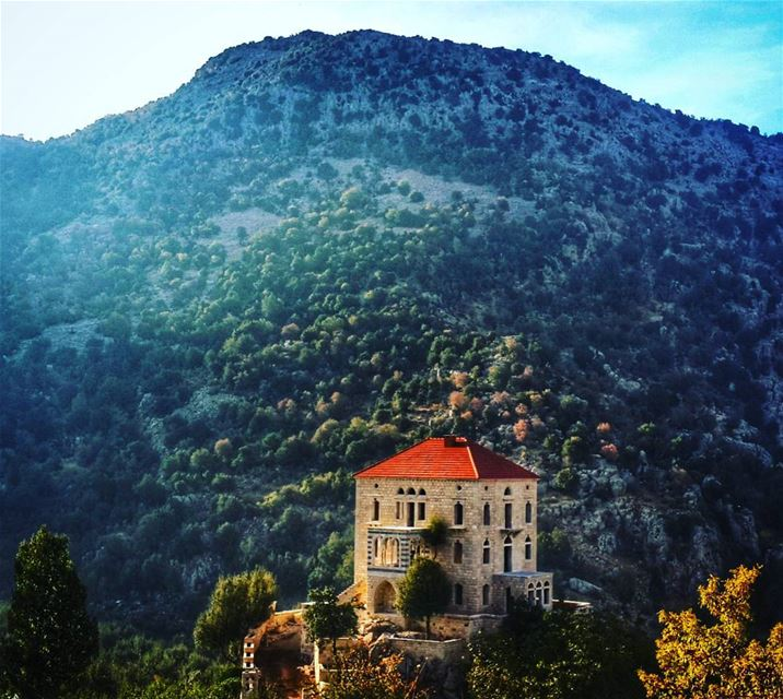houseinthemiddleofnowhere oldhouse beautiful nature mountlebanon ...