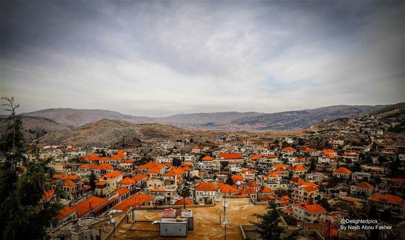 rashaya rashayaelwadi lebanon love livelovelebanon nature ... (Rashaya Al Wady)