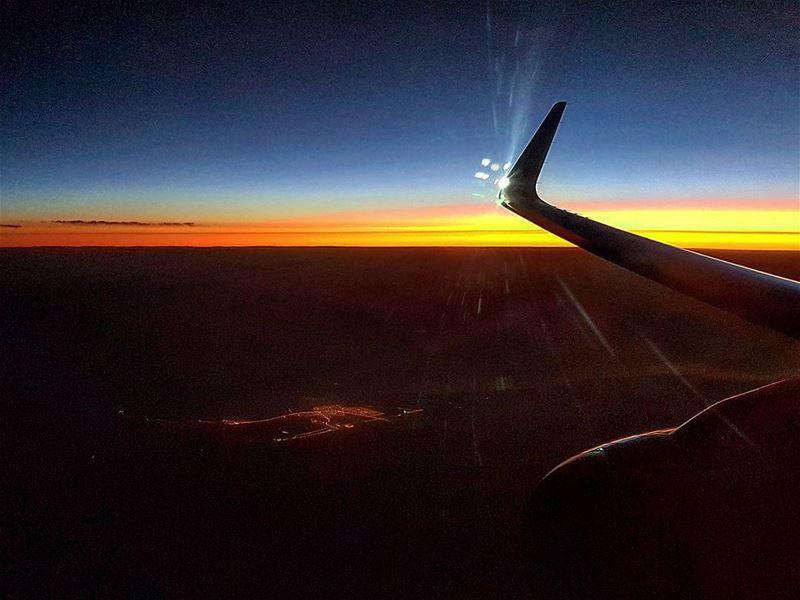 Strobe flash beautiful aerial landscape windowseat etihad ... (Riyadh, Saudi Arabia)