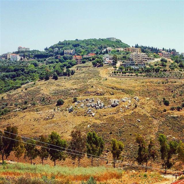 Toron To tibnine toron historic lebanese crusader landscapes ... (Tibnin)