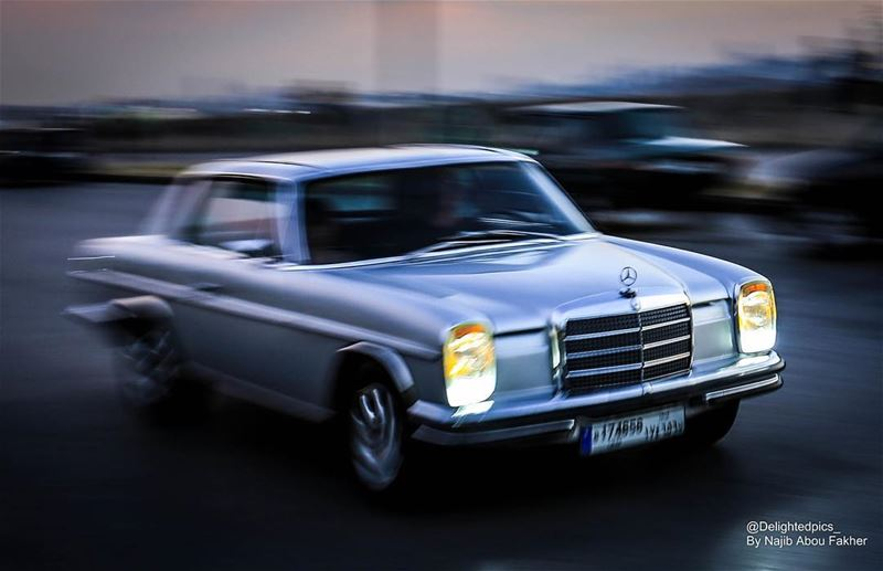 oldschool  oldie  mercedes  benz  amg  panning  dbayye  lebanon  silver ...