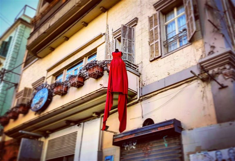 Cooler than the Red Dress onlyinlebanon alwayslookingup lebanese ... (Beirut, Lebanon)
