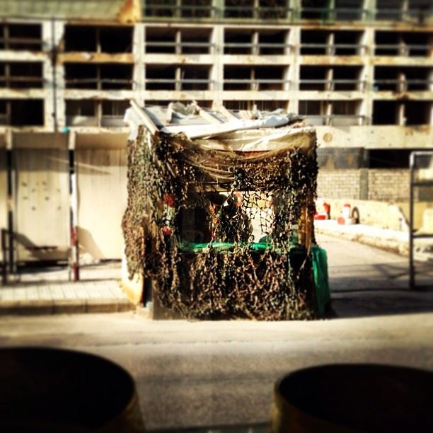 Camouflage? military army soldiers citylife streetlife architecture ...