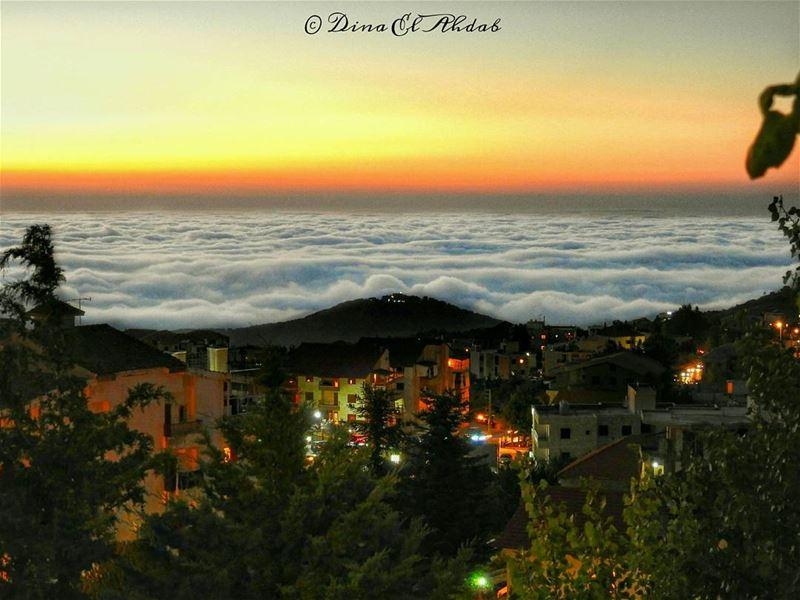 قد لا تختلف الحياة فوق الغيوم عن ما تحتها!______________ ehden lebanon ... (Ehden, Lebanon)