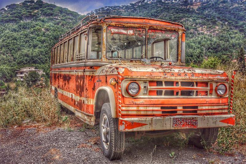 old car bus schoolbus vintage vintagestyle mylebanon myphotography...