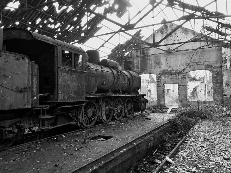 train oldtrain old blackandwhite blackandwhitephotography ... (Tripoli, Lebanon)