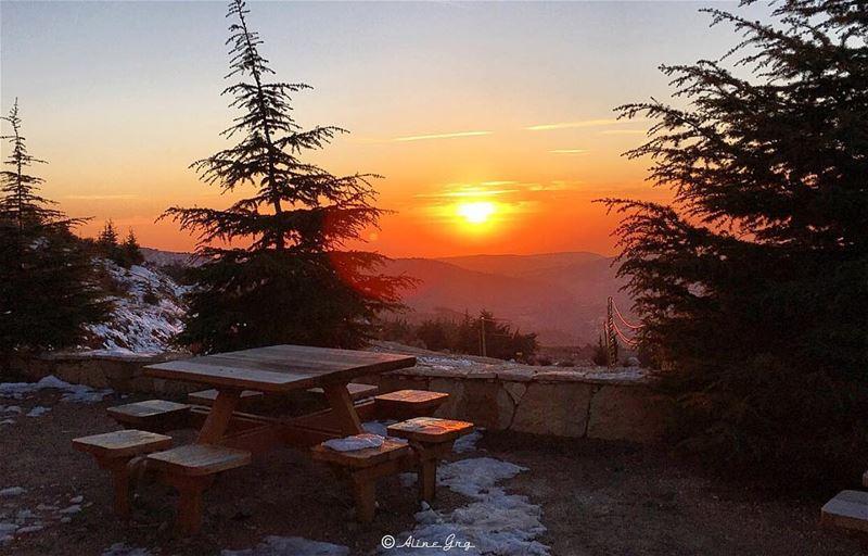 Bye Bye... sunset shouf biopherereserve snowshoeing day ... (Bâroûk, Mont-Liban, Lebanon)