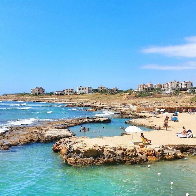 Natural swimming pool 🏝⛱🏊🏄 livelovebeirut wearelebanon lebanon... (Lazy B)