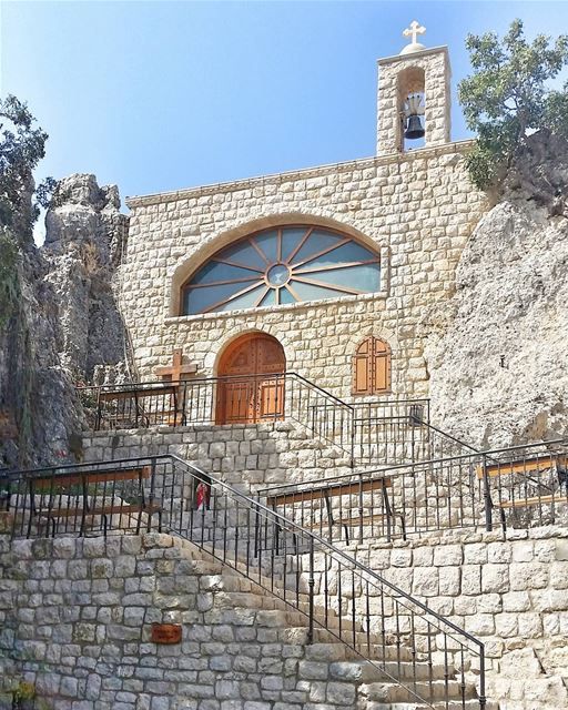 The True Church can never fail. For it is based upon a rock.⛪(2/2) ... (رعشين Raachine)