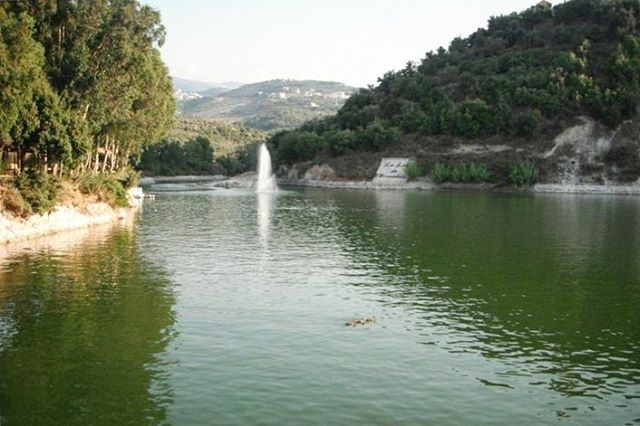 lebanon bnachii lake beautiful nature lebanesenature naturelovers ... (Lac de Bnachii)