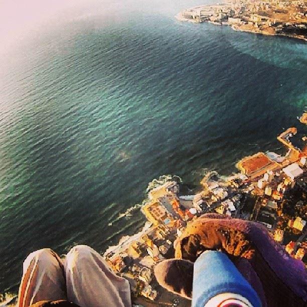 sky lebanon fly ...