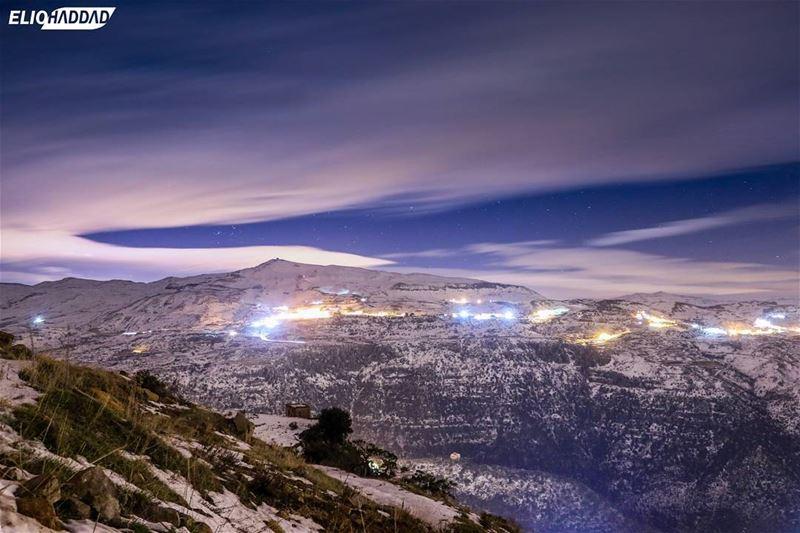🇱🇧 MyLebanon 🇱🇧 tb Lebanon Night Sky Mountains clouds lights ...