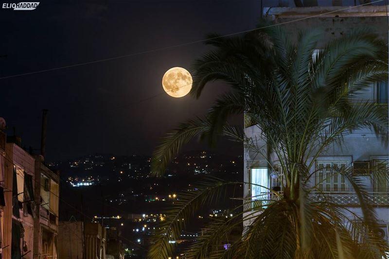 Lebanon Beirut fullmoon LiveLoveLebanon LiveLoveBeirut Night ...