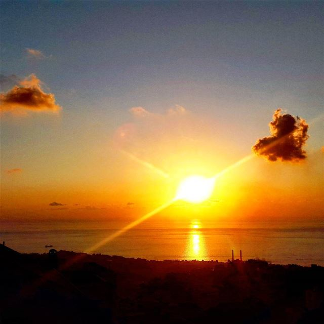 sunset livelovelebanon 🌅 (Shaileh)