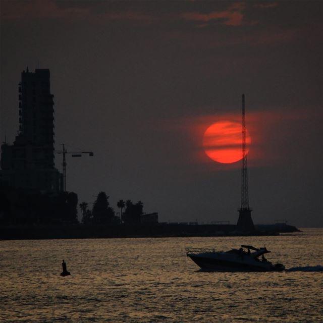 The Sun disk.. lebanon lebanon_hdr ig_lebanon insta_lebanon ...