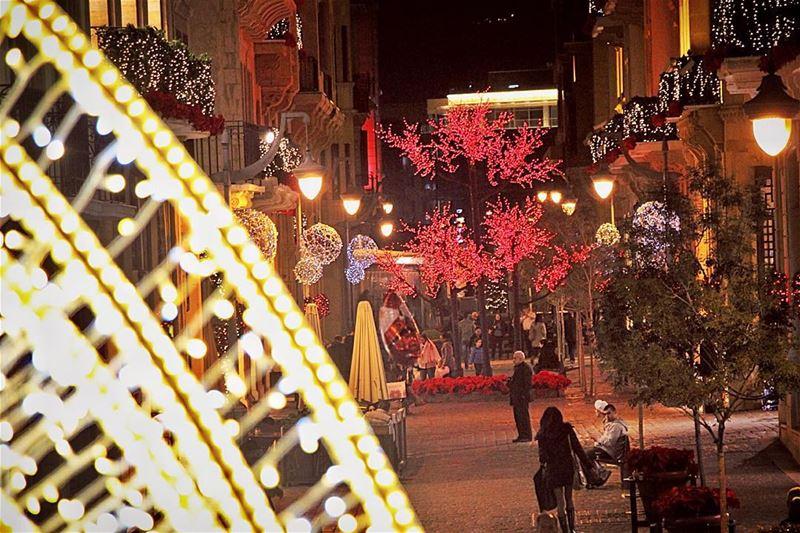 Christmas spirit theme.. lebanon lebanon_hdr ig_lebanon insta_lebanon ... (Beirut Souks)