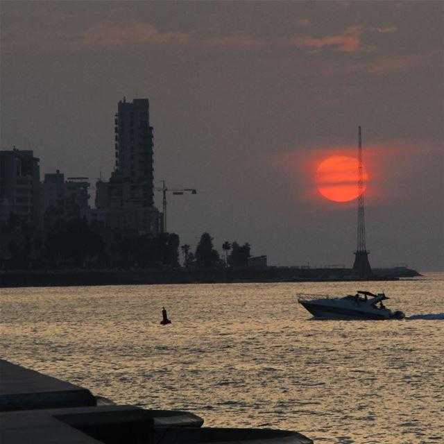 sunset🇱🇧 lebanon lebanon_hdr ig_lebanon insta_lebanon ... (Beirut Waterfront)